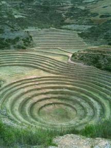 Moray Peru circles