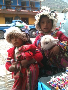 Little girls in Pisac market